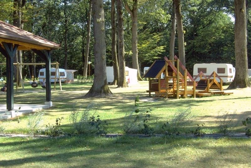 Camping-VieillesMaisons-EtangdesBois-01